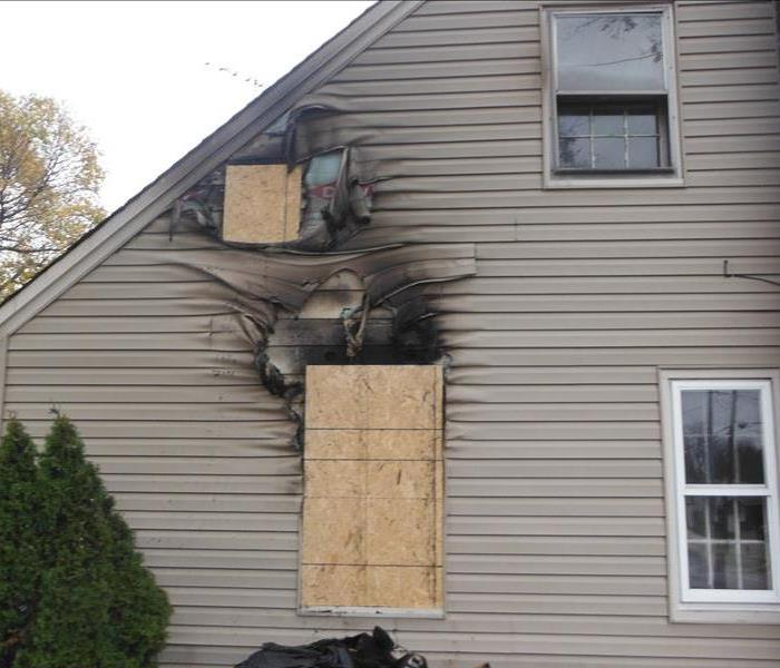 Fire Damage SERVPRO of West Akron will Board up Your Home After a Fire